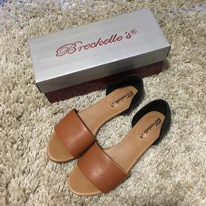 [NWOT]Breckelle's Sandals
